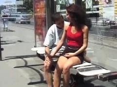 Минет Жесткое порно Брюнетки На публике фото 5