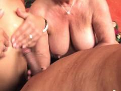 Жесткое порно Групповуха Блондинки В чулках и колготках фото 19