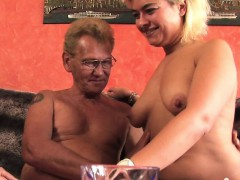 Жесткое порно Групповуха Блондинки В чулках и колготках фото 2