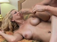 super-sexy-slim-older-lady-enjoys-a-hard-fuck-and-a-facial