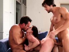 Big boobs MILF Kendra Lust hammered in threesome sex