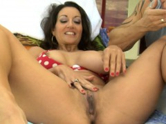 pretty-brunette-milf-gets-a-poolside-fuck