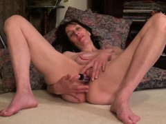 Usawives Mature Lady Penny Jones Toying