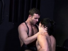Handsome Submisive Twunk Barebacked And Toyed