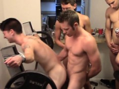 muscle-amateur-threesome-and-cumshot