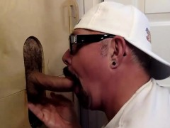 getting-fucked-at-my-gloryhole