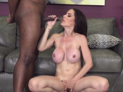 this-naughty-uk-babe-loves-fucking-a-bbc-live