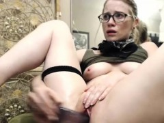 hot-sexy-blonde-camgirl-plays-with-her-pussy-and-squirts