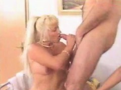 mature-swinger-party-yvette-from-dates25com