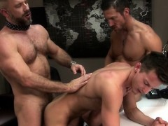 big-dick-gay-threesome-with-facial