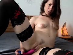Зрелые женщины Секс игрушки Брюнетки Мастурбация фото 19