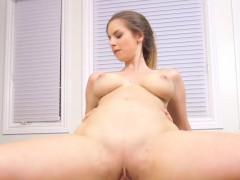 Huge Natural Sport Babe Bangs Big Cock