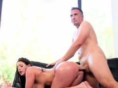 natural-huge-tits-babe-got-anal-fucked