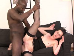 milf-gets-pussy-smashed-by-her-black-boyfriend-she-cums