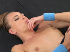 fitnessrooms-ivana-sugar-has-a-full-body-and-pussy-stretch