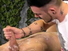 naked-bodybuilder-bondage-and-schoolboys-videos-gay-although