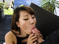 hot-boss-tiffany-rain-sucks-big-cock-of-geeky-assistant