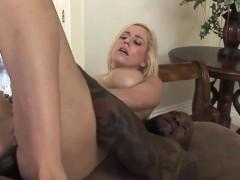 Horny slut Mariah Madysinn takes some dick in her hot ass