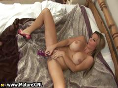Sexy Mature Housewife Fucking Part1
