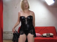 hot-blonde-in-leather-fucked