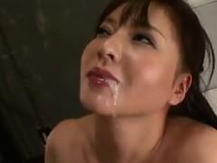 cute-japanese-girl-blowjob-and-cumshot-0m21