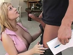 velicity-was-a-busty-blonde-that-was-attracted-to-reno-the