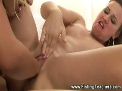 dirty-girl-screams-as-her-pussy-gets-filled-with-a-fist