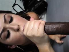 Минет Большие члены Межрассовый секс Доводит до оргазма руками фото 19