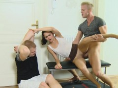Amateur gf humiliates cheating bf in cuckold