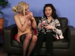 british-babe-cocksucks-for-voyeur-girlfriend