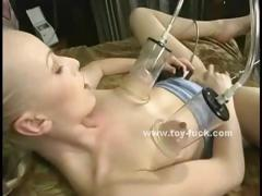 readhead-babe-lost-in-pleasure-lying-on-a-bed-and