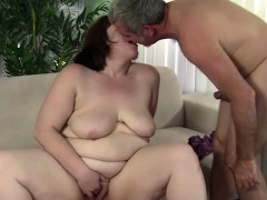 fat-chick-gets-pounded-with-hard-cock
