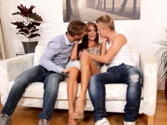 120 couple screwing in bisex threesome