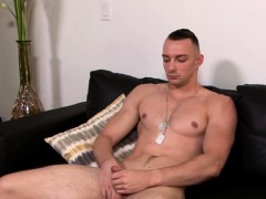 muscular-homo-johnny-b-jerks-off-his-tool-and-cums