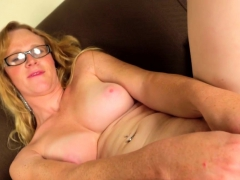 mature postop shemale toying cunt on camera