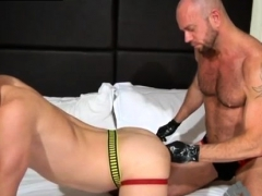 bareback-boys-cum-in-huge-fisting-gay-dakota-wolfe-is