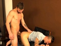 muscle-gay-dp-and-creampie