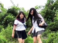 japanese-teen-skanks-pee