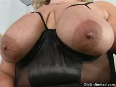 fat-old-mom-going-crazy-sucking-her-big-part1
