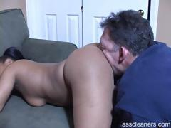 ebony-mistress-bends-over-and-demands-man-to-lick-her-big