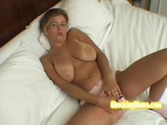 blonde-nerd-hot-and-horny