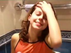 masha-and-ivana-teenies-peeing-on-toilet