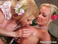 see-this-two-gorgeous-blonde-milfs-part5