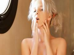 shaving-of-beautiful-19yo-blonde-pussy