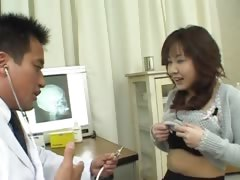 chinese-doctor-and-chinese-asshole
