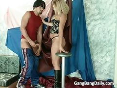 hot-and-sexy-blonde-chick-blows-boner-part1