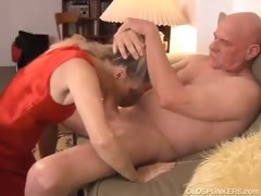 beautiful-mature-blonde-annabelle-brady-loves-to-fuck
