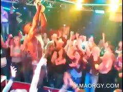orgy-babe-gets-her-cunt-finger-fucked-by-stripper