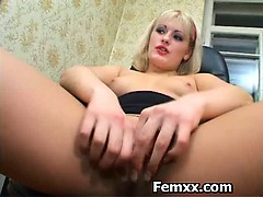 femdomme-madam-enjoying-chastity