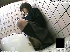 asian nasty teen toilet masturbation
